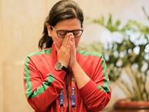 Tổng thư ký xinh đẹp bật khóc khi tiễn U22 Indonesia đến SVĐ, quyết thắng trận chung kết SEA Games 30 với Việt Nam