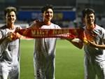 Loạt khoảnh khắc cực phẩm của Văn Hậu trong trận chung kết SEA games: Đổ gục vì nụ cười này!-6