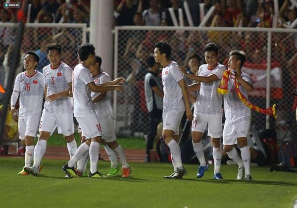 Thầy Park chơi bài ngửa, U22 Việt Nam thắng rạng rỡ để vô địch SEA Games cực kỳ có Hậu-8
