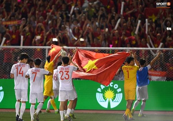 U22 Việt Nam ăn mừng cực cảm xúc khi vô địch SEA Games 30-7