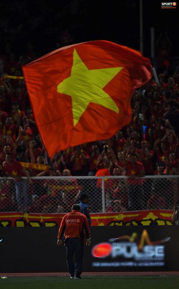 U22 Việt Nam ăn mừng cực cảm xúc khi vô địch SEA Games 30-9