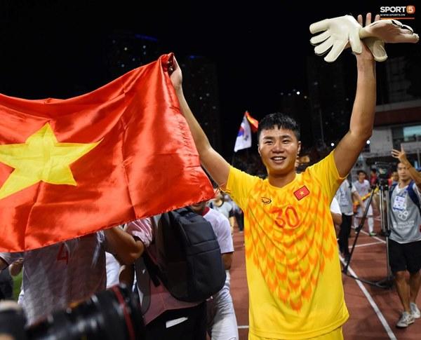 U22 Việt Nam ăn mừng cực cảm xúc khi vô địch SEA Games 30-12