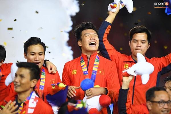 U22 Việt Nam ăn mừng cực cảm xúc khi vô địch SEA Games 30-15