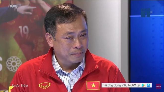BLV Quang Tùng khóc trong cabin tường thuật khi U22 Việt Nam đoạt HCV-1