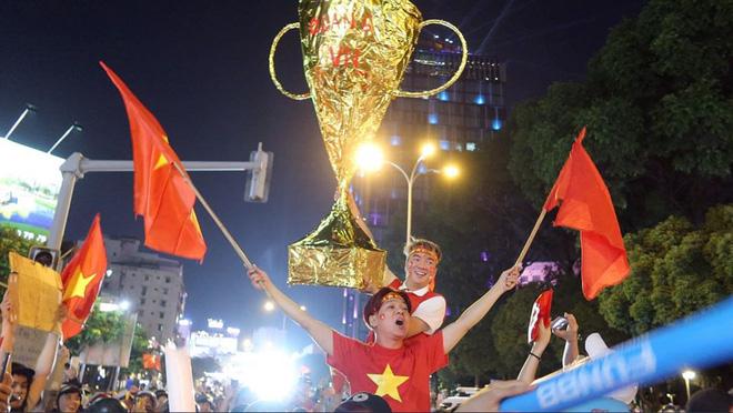 Đàm Vĩnh Hưng đề xuất mong muốn đặc biệt tới HLV Park Hang Seo-2