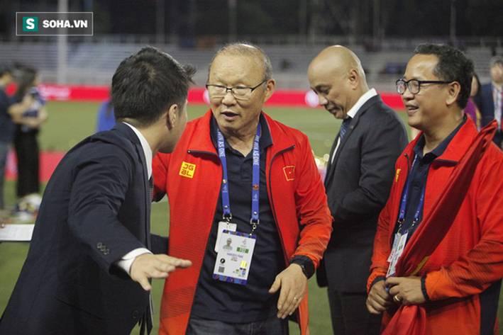 Đại diện BTC xin lỗi thầy Park sau vụ việc ồn ào vì tấm thẻ đỏ ở trận chung kết SEA Games-3