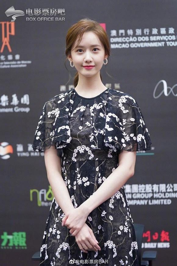 Visual đỉnh cao như thế này bảo sao Yoona chiếm trọn spotlight trên thảm đỏ LHP Quốc tế Macao-7