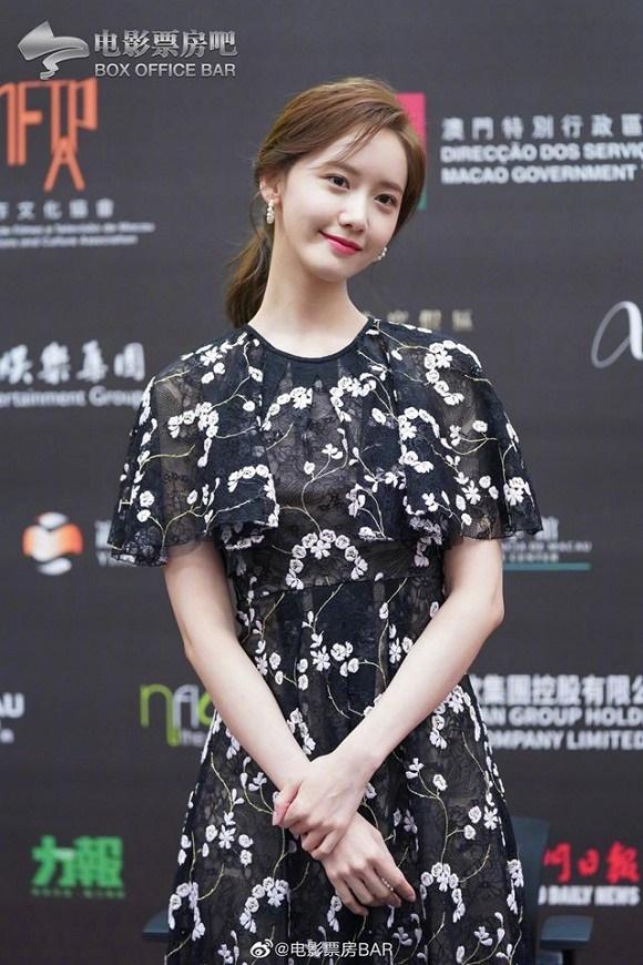 Visual đỉnh cao như thế này bảo sao Yoona chiếm trọn spotlight trên thảm đỏ LHP Quốc tế Macao-8