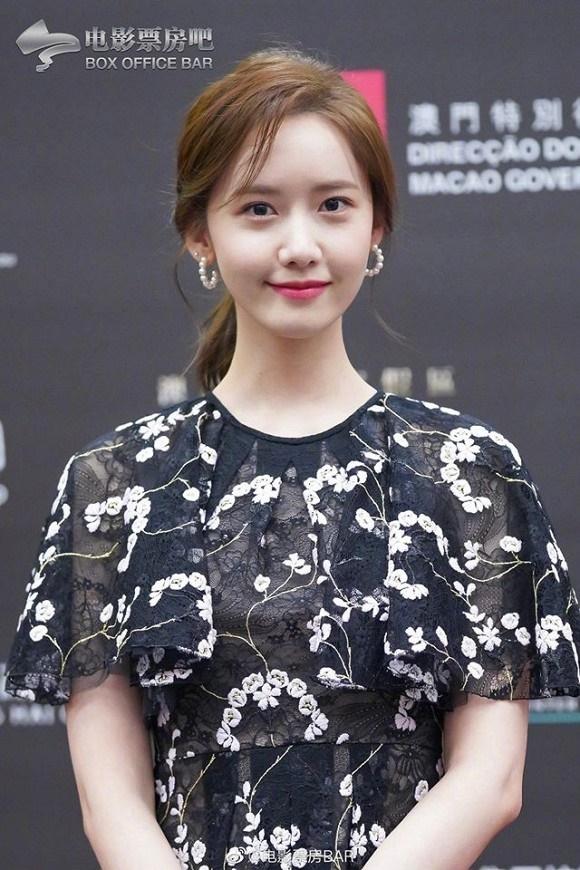 Visual đỉnh cao như thế này bảo sao Yoona chiếm trọn spotlight trên thảm đỏ LHP Quốc tế Macao-9