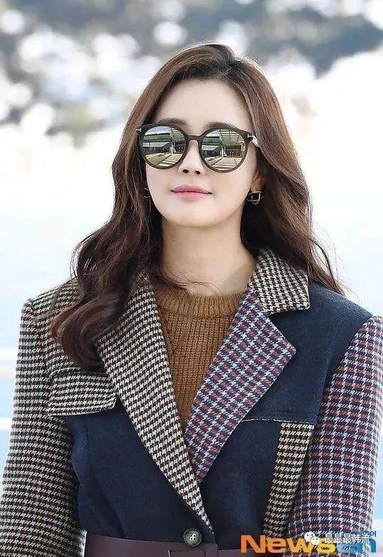 Nữ hoàng dao kéo Lee Da Hae hồi xuân, lấy lại nhan sắc xinh đẹp ngày nào-1