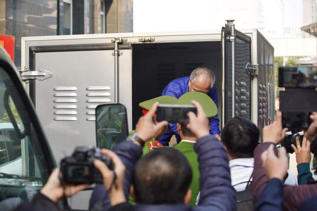 Xét xử kẻ thảm sát cả nhà em trai ở Đan Phượng: Nghi phạm bị tuyên án tử hình về toàn bộ hành vi tội ác-37