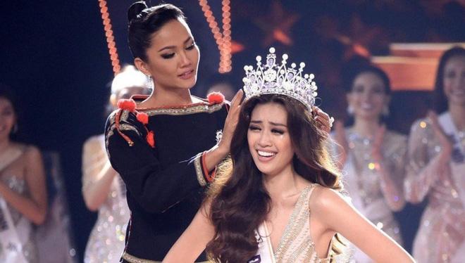Vương miện hơn 2000 nghìn viên đá quý bị gãy sau 4 ngày Hoa hậu Hoàn vũ Việt Nam đăng quang?-1