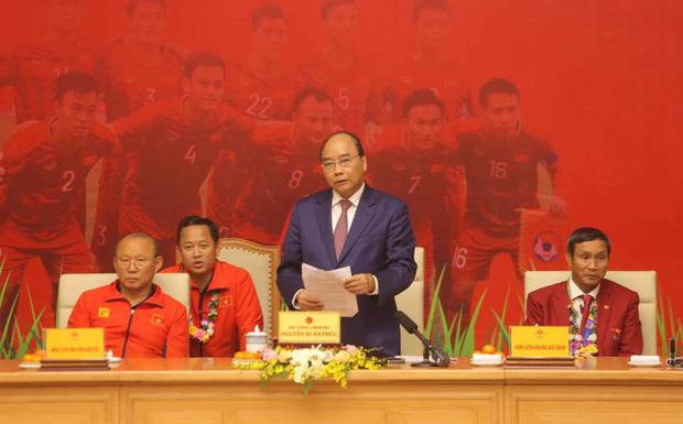Thủ tướng giải đáp thắc mắc vì sao chỉ tiếp 2 đội bóng đá U22 Việt Nam-1