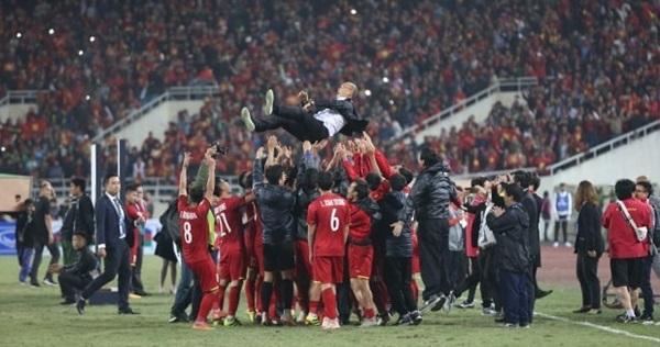 Báo Hàn: Việt Nam ra World Cup thôi, sân Đông Nam Á chật rồi!-2