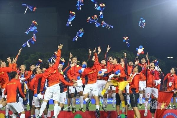 Báo Hàn: Việt Nam ra World Cup thôi, sân Đông Nam Á chật rồi!-4