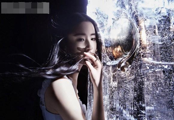 Thoát hình ảnh Thần tiên tỷ tỷ, Lưu Diệc Phi tạo dáng cực cá tính với style thời trang năng động-11