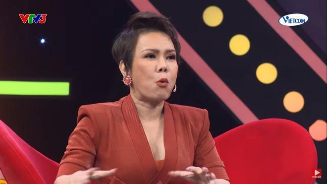 Việt Hương: Tôi bị bảo vệ gạt mạnh ra để cho Phương Thanh đi-1