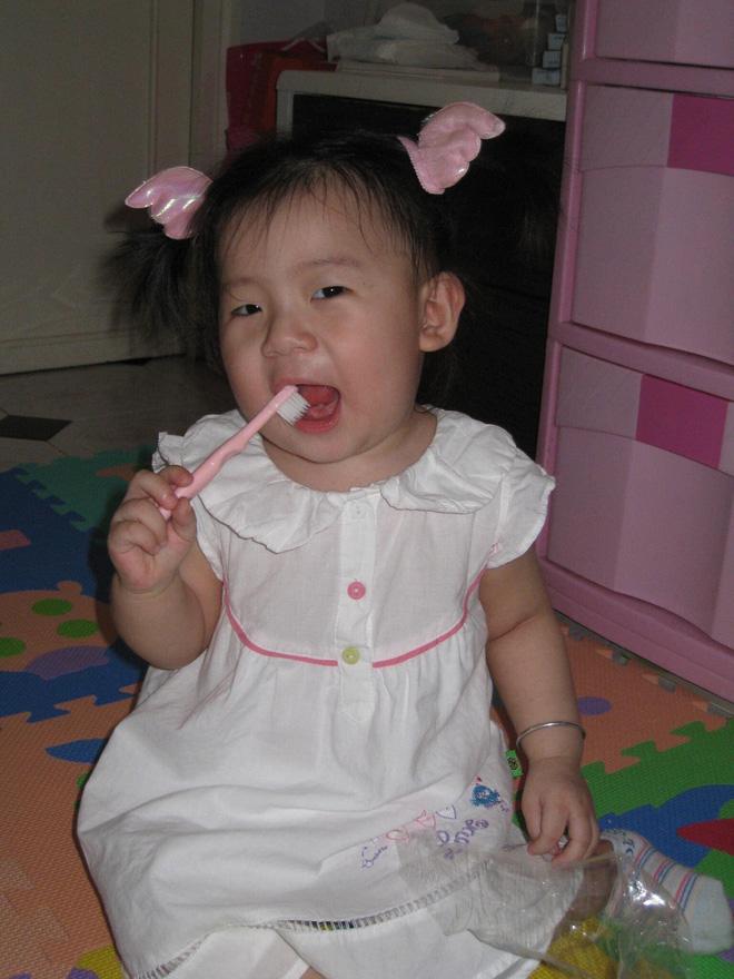 Việt Anh lần đầu nói về con gái đầu lòng sau 10 năm không gặp, công khai diện mạo bé cực dễ thương-1