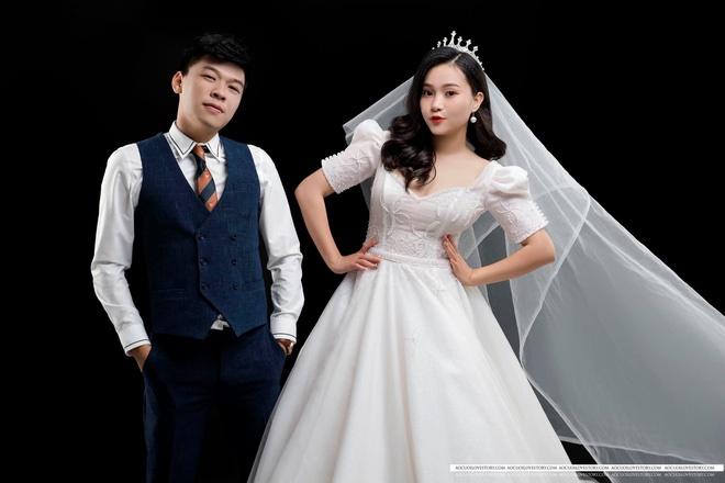 Trung Ruồi khoe bộ ảnh cưới chụp vội cùng bà xã xinh như hot girl-6