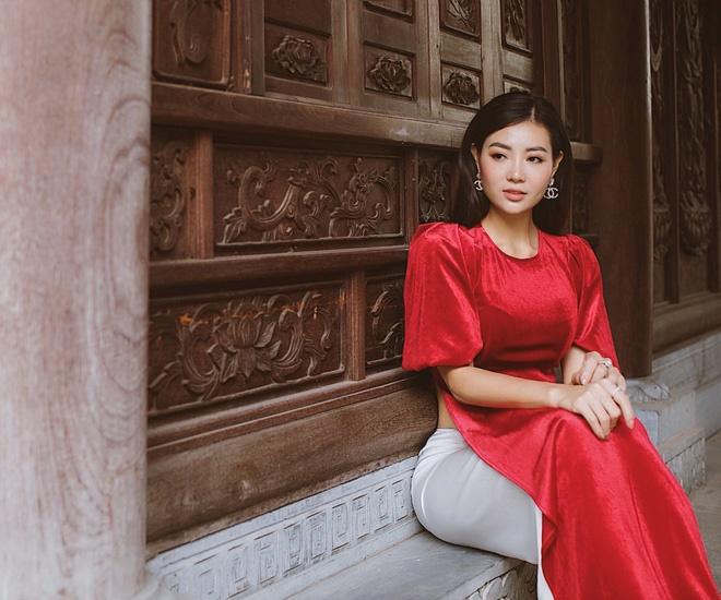 Diễn viên Thanh Hương duyên dáng, xinh đẹp trong tà áo dài-4