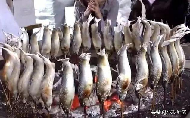 Cô gái 9x kiếm 7 triệu mỗi ngày nhờ nướng cá theo cách không giống ai-2