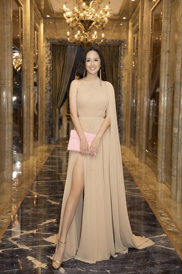 Hoa hậu Mai Phương Thuý thanh lịch, kín đáo nhưng vẫn vô cùng cuốn hút-2