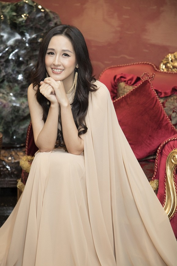 Hoa hậu Mai Phương Thuý thanh lịch, kín đáo nhưng vẫn vô cùng cuốn hút-6