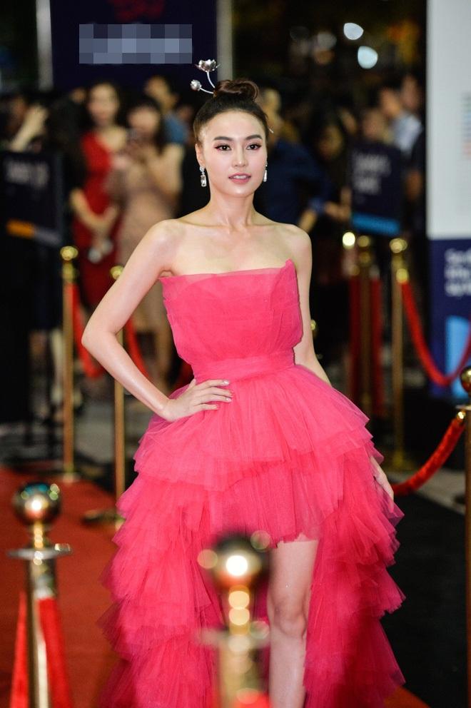 Hoa hậu Hoàn vũ đụng váy Ninh Dương Lan Ngọc: Phần thắng không ngờ thuộc về ngọc nữ Việt-6