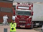 Lái xe người Anh nhận tội vụ 39 nạn nhân Việt tử vong trên xe tải-2