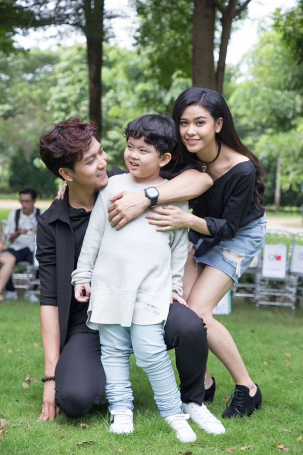 Con trai Tim - Trương Quỳnh Anh gây ngỡ ngàng với ngoại hình lớn khó tin, mới lên 8 đã cao ngang ngửa bố-3