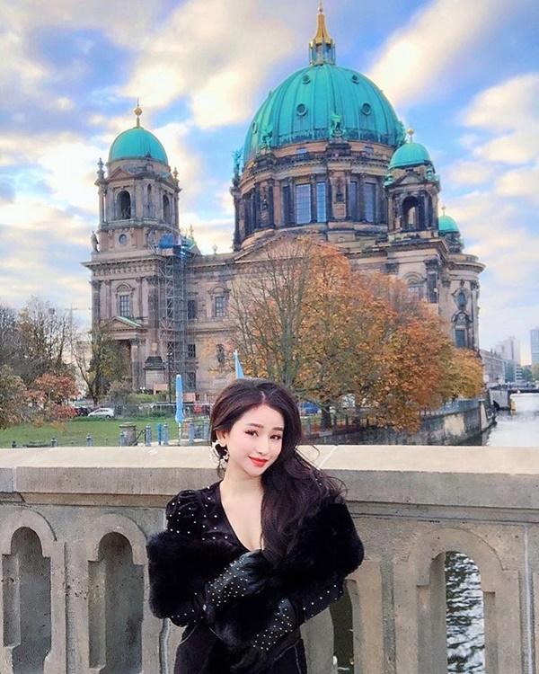 5 năm sau cuộc hôn nhân chóng vánh, vợ cũ Hồ Quang Hiếu ngày càng xinh đẹp, vi vu du lịch khắp nơi-5