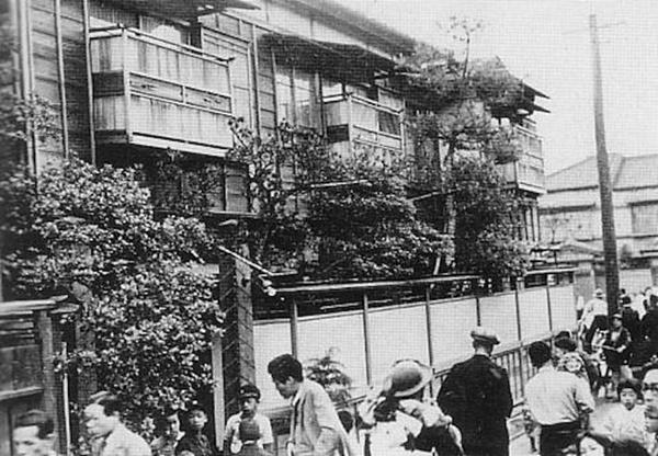 Cuộc đời cùng cực của người phụ nữ từ geishathành gái mại dâm: Bị cưỡng hiếp năm 14 tuổi,trong cơn cuồng ghen trở thành sát nhân biến thái-3