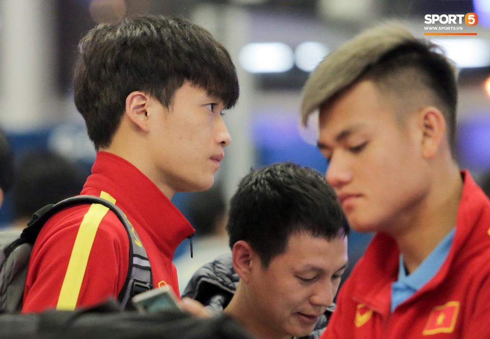 Đình Trọng, Trọng Đại thần thái ngày hội quân, U22 Việt Nam mang nguyên dàn trai đẹp sang Hàn Quốc tập huấn-6