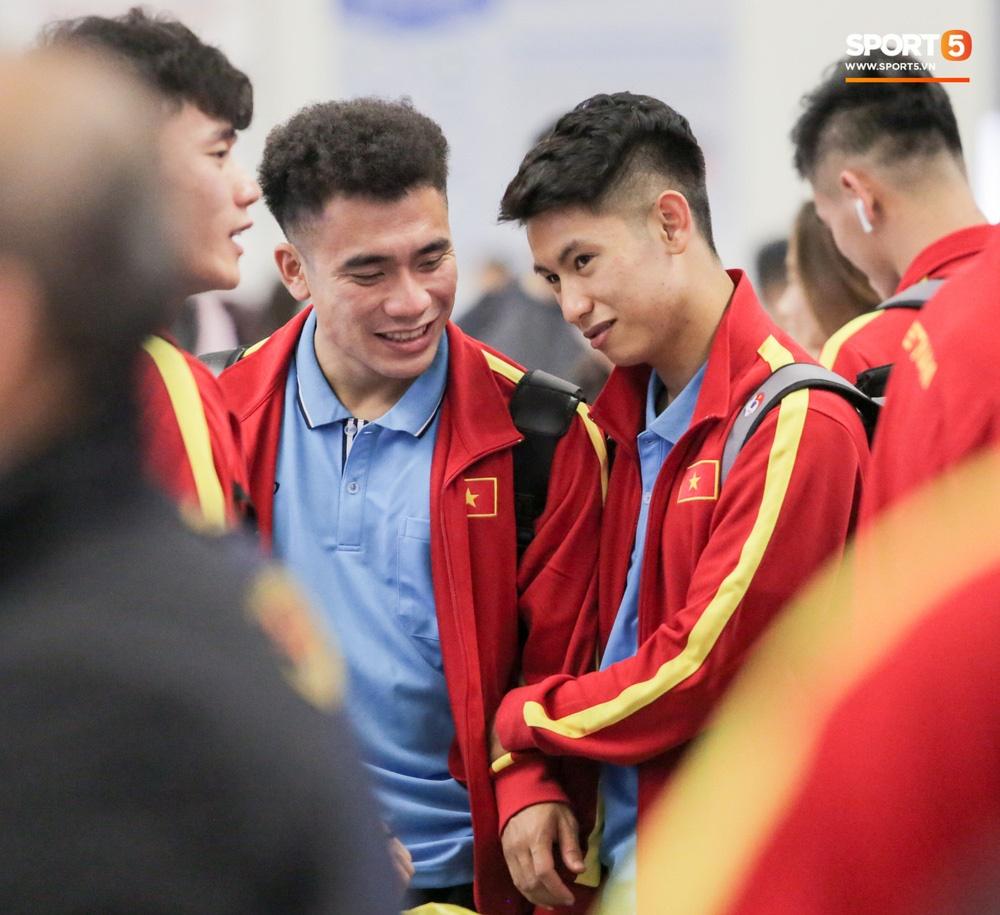 Đình Trọng, Trọng Đại thần thái ngày hội quân, U22 Việt Nam mang nguyên dàn trai đẹp sang Hàn Quốc tập huấn-10