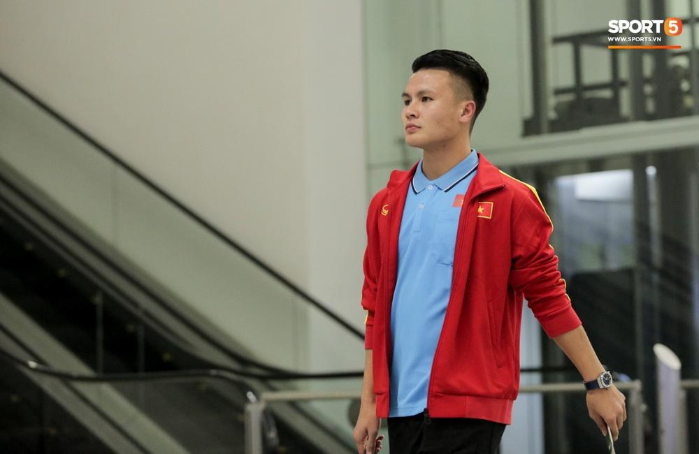 Đình Trọng, Trọng Đại thần thái ngày hội quân, U22 Việt Nam mang nguyên dàn trai đẹp sang Hàn Quốc tập huấn-14