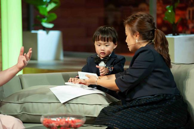 Quỳnh Trần JP khóc đến mức đôi mắt mờ đi, ám ảnh nỗi đau mất con khi vừa mới sinh xong-2