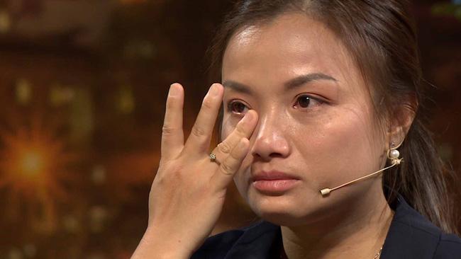 Quỳnh Trần JP khóc đến mức đôi mắt mờ đi, ám ảnh nỗi đau mất con khi vừa mới sinh xong-8