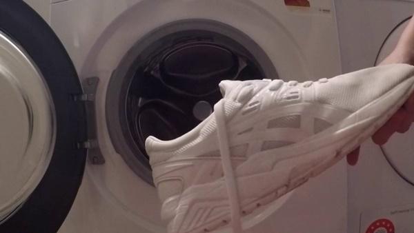 Cách bảo quản giày trắng luôn mới tinh tươm, bạn đã biết chưa?-1