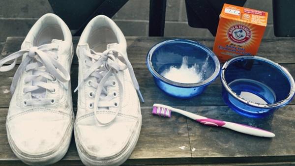 Cách bảo quản giày trắng luôn mới tinh tươm, bạn đã biết chưa?-4