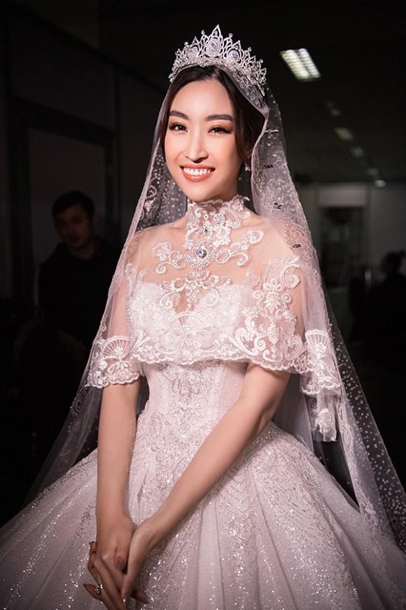 """Đỗ Mỹ Linh – Huyền My đọ sắc"""" trong trang phục cưới-2"""