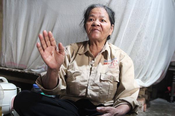 Người phụ nữ 40 năm làm nghề bốc mộ và lần mở nắp quan tài phát hiện đống vàng bạc-2
