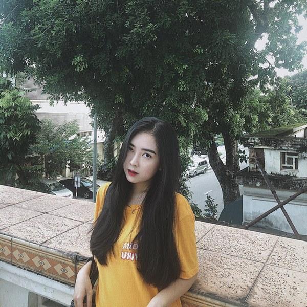 Dàn bạn gái cầu thủ Việt: Toàn con nhà trâm anh thế phiệt, xinh đẹp hơn người lại còn sở hữu học vấn siêu đỉnh-12