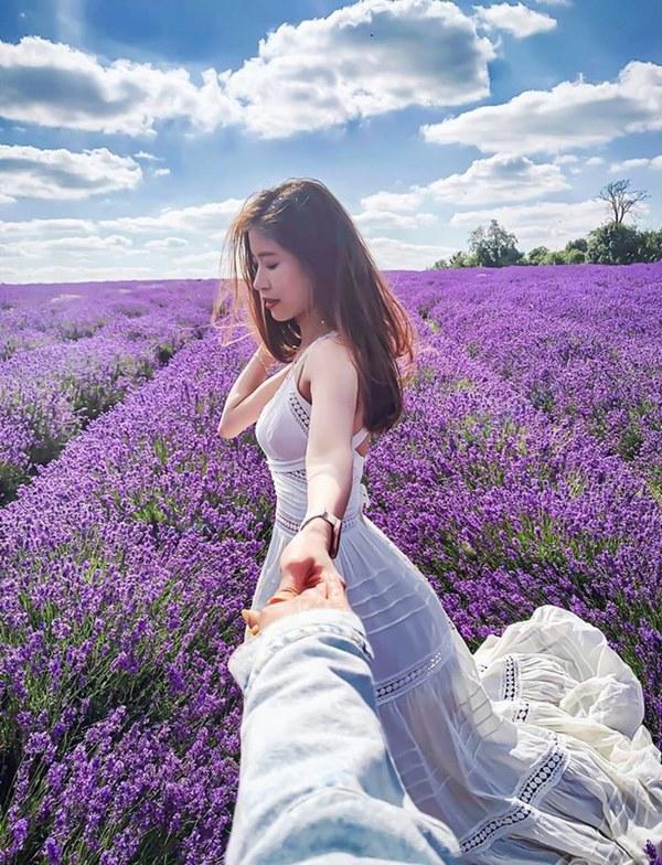 Dàn bạn gái cầu thủ Việt: Toàn con nhà trâm anh thế phiệt, xinh đẹp hơn người lại còn sở hữu học vấn siêu đỉnh-19