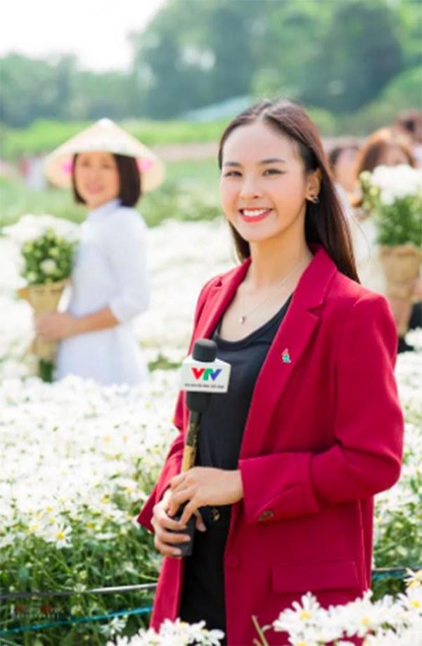 Điều ít biết về BTV xinh đẹp, đam mê thi hoa hậu nhất VTV-1