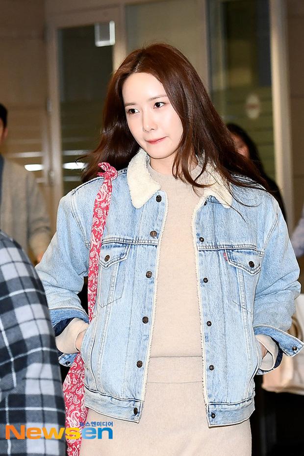 Nữ thần Yoona khoe sắc tại sân bay: Ăn mặc đơn giản mà sao xinh quá đỗi, ảnh fan chụp thôi mà đẹp tựa cảnh phim-2