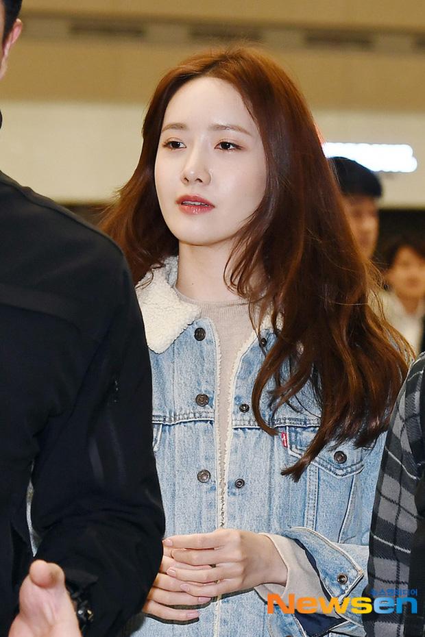 Nữ thần Yoona khoe sắc tại sân bay: Ăn mặc đơn giản mà sao xinh quá đỗi, ảnh fan chụp thôi mà đẹp tựa cảnh phim-4