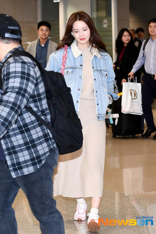 Nữ thần Yoona khoe sắc tại sân bay: Ăn mặc đơn giản mà sao xinh quá đỗi, ảnh fan chụp thôi mà đẹp tựa cảnh phim-5