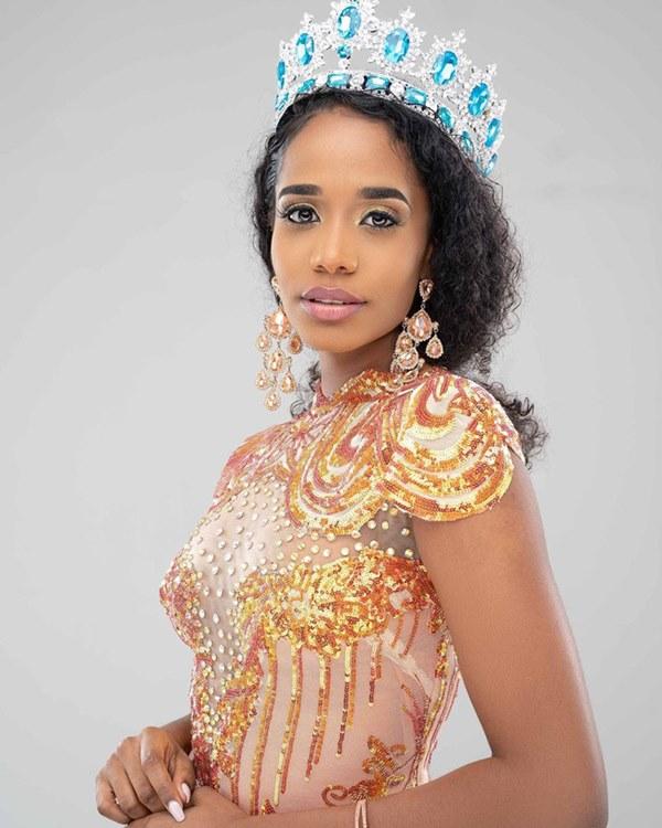 Chân dung tân Hoa hậu Thế giới 2019: Cô gái Jamaica cao 1.67m với nụ cười tỏa nắng cùng giọng hát truyền cảm như Whitney Houston-3