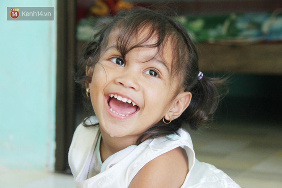 Cuộc sống đổi thay của người mẹ điên từng bị hiếp dâm đến sinh con ở Trà Vinh: Căn nhà nhỏ đã tràn ngập tiếng cười-2