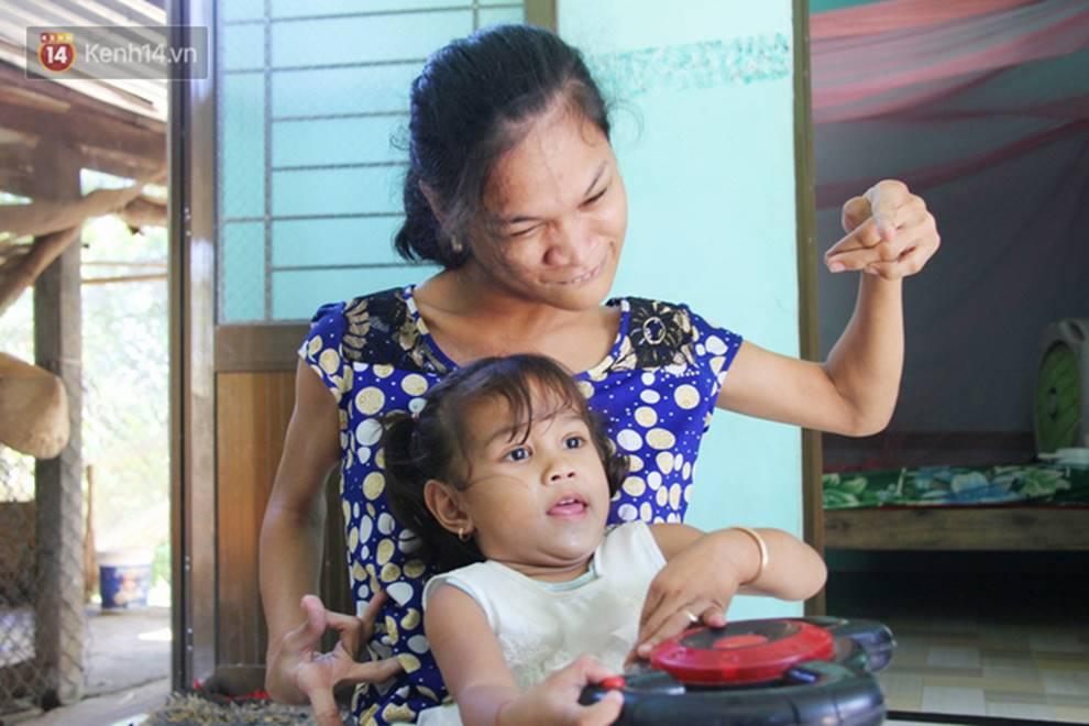 Cuộc sống đổi thay của người mẹ điên từng bị hiếp dâm đến sinh con ở Trà Vinh: Căn nhà nhỏ đã tràn ngập tiếng cười-7